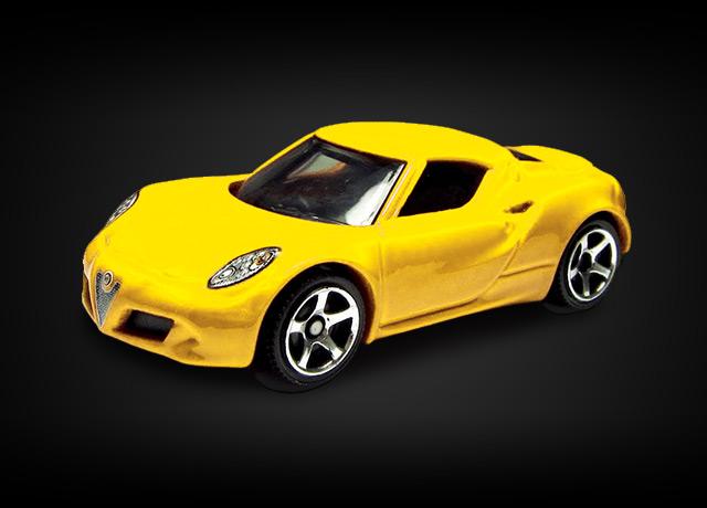 packshot-polistil-accessoires-vehicule-alfa-romeo-4c-jaune